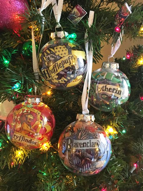 harry potter christmas decorating ideas hogwarts house ornaments mad like alyce