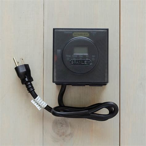 heavy duty outdoor digital timer two outlets dual battery