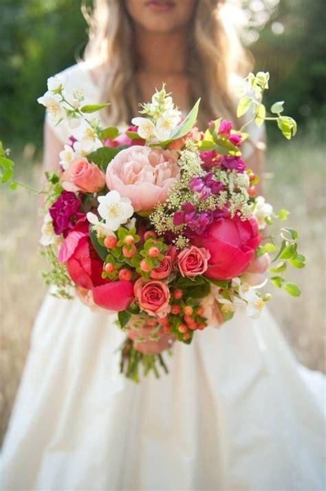 regalare un mazzo di fiori mazzo di fiori regalare fiori quando regalare mazzi di