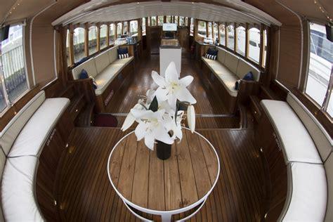 charter boat hire melbourne luxury private charter boat melbourne birrarung
