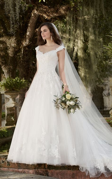 Lace Style Wedding Dresses by Wedding Dresses With Sleeves Cap Sleeve Wedding Dress