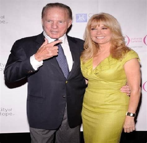 kathie lee gifford death frank gifford biography salary football death and
