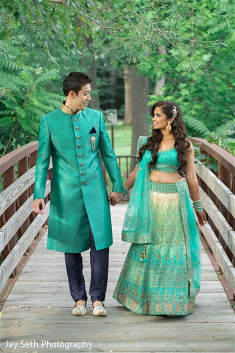 Couples Matching Clothes India Ny Fusion Wedding By Seth Photography