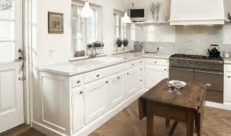 Dura Supreme Cabinets 13 Stylish White Kitchen Designs With Scandinavian Touches
