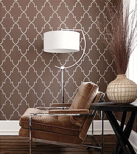 wallpaper atau cat wallpaper vs cat dinding mana yang lebih baik desain