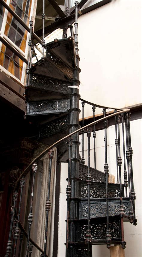 Antique Banister Antique Spiral Staircase Made Of Cast Iron 19th Century