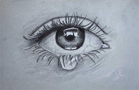 imagenes de ojos con flores dibujo de ojo con lagrima realizado con lapices de grafito