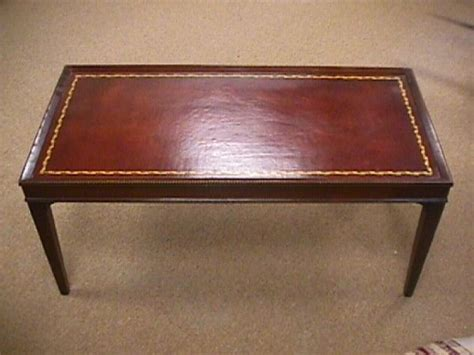 Antique Leather Top Coffee Table 83 1950 S Vintage Leather Top Coffee Table 1314761