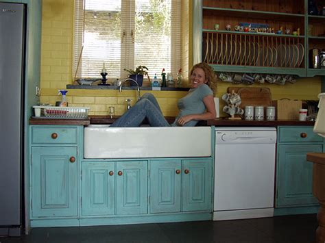 kitchen sink types pros and cons different types of kitchen sink pros and cons