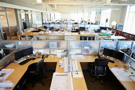 The Benefits Of Open Space Working For A Web Marketing Open Floor Plan Office Increase Productivity