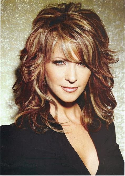 lots of layers styles for medium length wavy hair medium length layered hairstyles