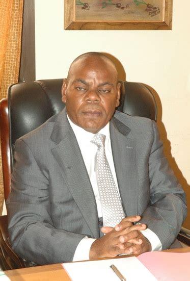 Koko Yamani 1 le ministre nabo cl 233 ment vire tout cabinet des