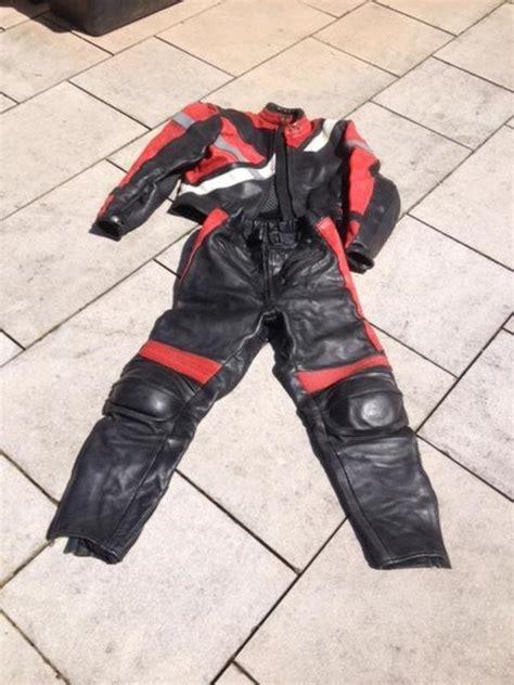 Gebrauchte Motorradbekleidung Leder by Motorrad Kombi Leder Motorradkombi Schwarz Rot Mit