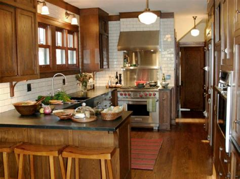 Kitchen With Island And Peninsula Peninsula Kitchens Hgtv