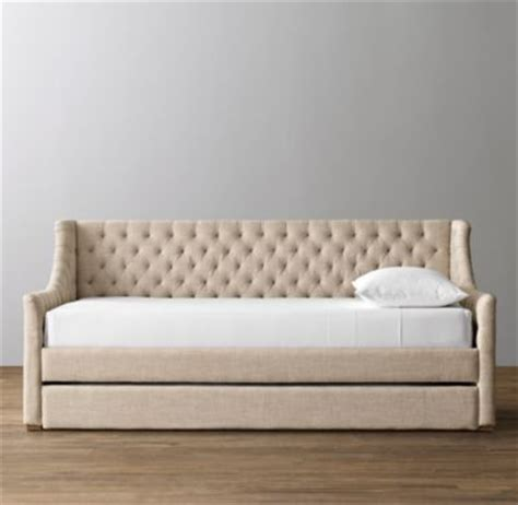 Tufted Daybed With Trundle Devyn Tufted Daybed With Trundle Weathered Oak
