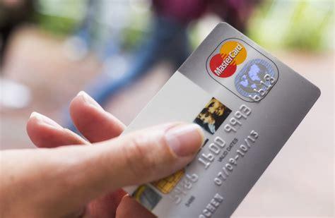 kreditkarte verloren geld weg geldb 246 rse weg bank und kreditkarten schnell gesperrt