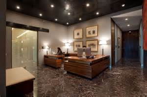 Business Office Interior Design Ideas Marble Flooring Ceiling Recessed Lighting Wood Desks Office Offices