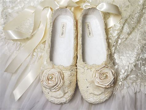 Vintage Schuhe Hochzeit by Flat Lace Wedding Shoes For Vintage Wedding Theme Ipunya