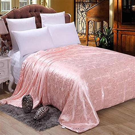 mulberry silk comforter hellosy 100 pure long mulberry silk filled comforter silk