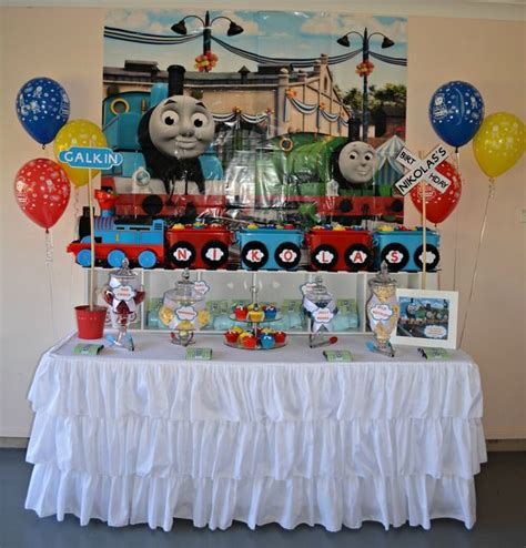 Engine Decorations by The Tank Engine Birthday Ideas