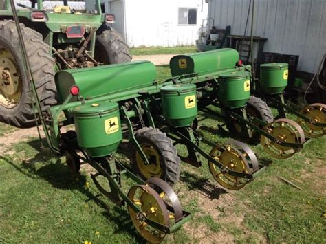 Deere 4 Row Corn Planter by Deere R1240 Corn Planter 4 Row S N 027015