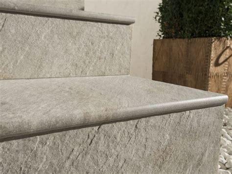 piastrelle per gradini piastrelle per gradini pavimenti esterno tipi di