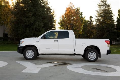 tundra truck toyota to display 2010 tundra pickup with new work truck