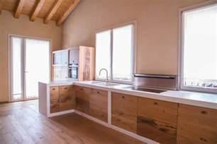 Making A Small Kitchen Look Bigger - 10 irresistibili cucine in muratura rustiche