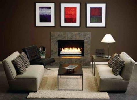 como decorar sala con muebles marrones 12 salas modernas con paredes color marr 243 n