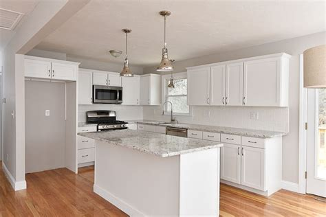 Split Level Kitchen Island Best 25 Split Level Kitchen Ideas On Pinterest Kitchen Island Placement Large Small Kitchens