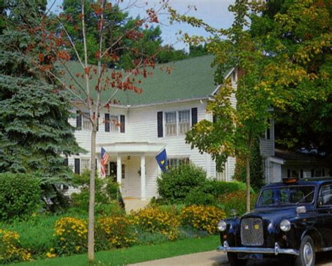 saugatuck bed and breakfast 301 moved permanently