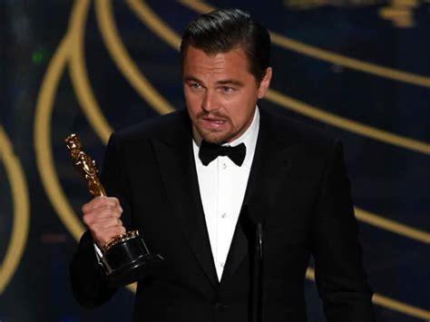 film oscar leonardo dicaprio 2016 oscars 2016 leonardo dicaprio has finally won his oscar