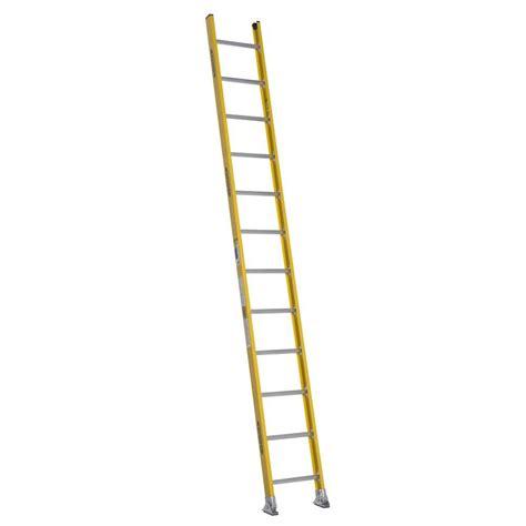 werner 8 ft fiberglass rung ladder with