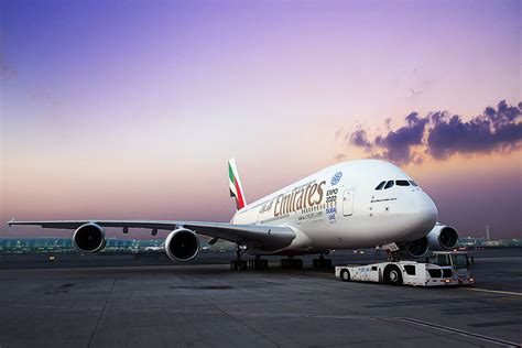 emirates hotline dubai airports to increase number of a380 contact stands