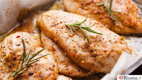 come si cucina il pollo al forno petto di pollo al forno in 3 ricette differenti ricetta it