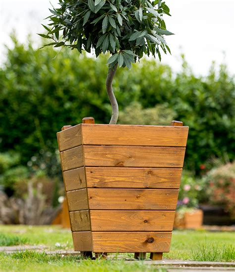 Tom Chambers Planters by Iona Planter Tom Chambers