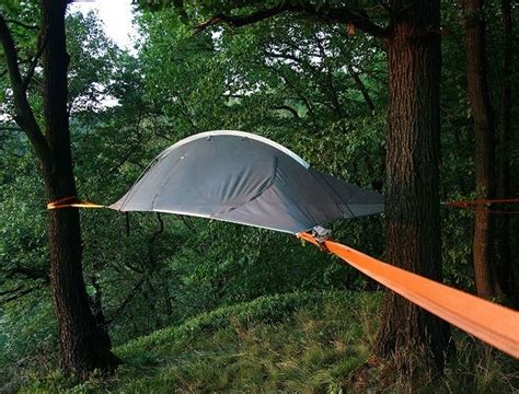 Hammock Tent For 2 by Use Apache S Tree Tent Hammock To Keep You High And