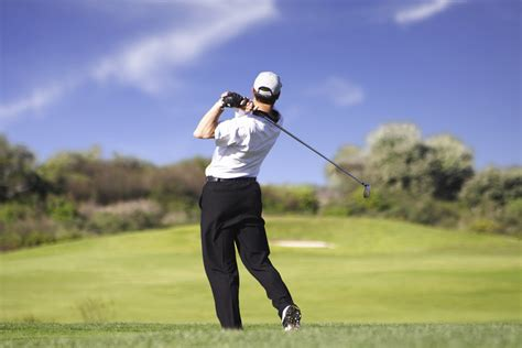 how to swing a golf club titleist golf fitness