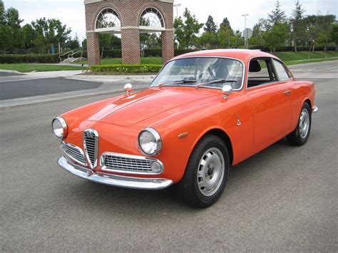 Alfa Romeo Guilietta Sprint 1965 Alfa Romeo Giulietta Sprint Will Instantly Make You A