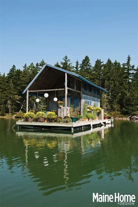 floating boat command 17 best images about houseboats on pinterest houseboat