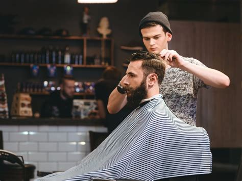 how to get a perfect haircut a gq primer gq how to get the exact haircut you want www bullfax com