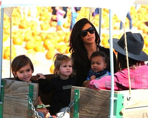 Rosario Picks Up And Hunk by Wls Look Quot K Kanye West Joined Kourtney