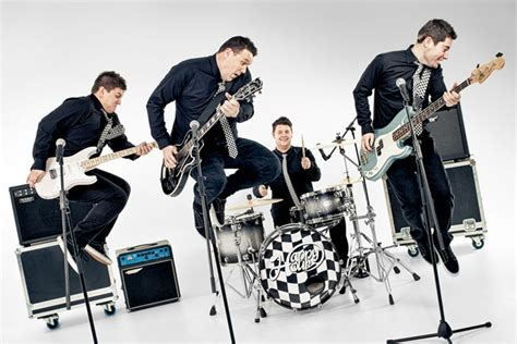 ask the experts choosing your wedding band from alive