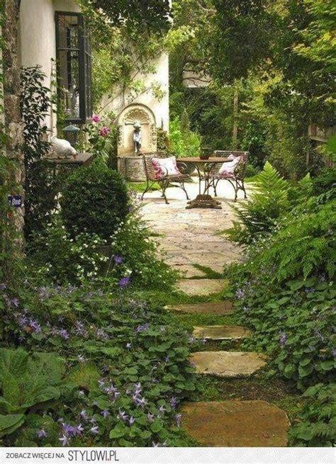 Italian Kitchen Garden by Best 25 Italian Garden Ideas On Italian Villa