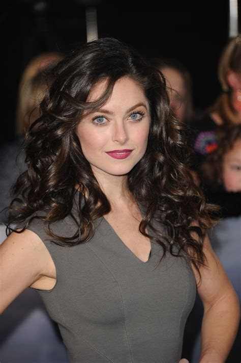 navy federal commercial actress wedding brooke lyons photos the red carpet at the breaking dawn
