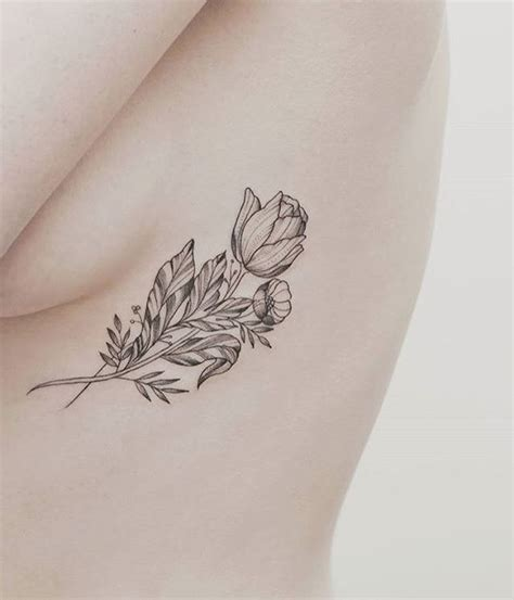 tulip tattoo ideas best 25 tulip ideas on small