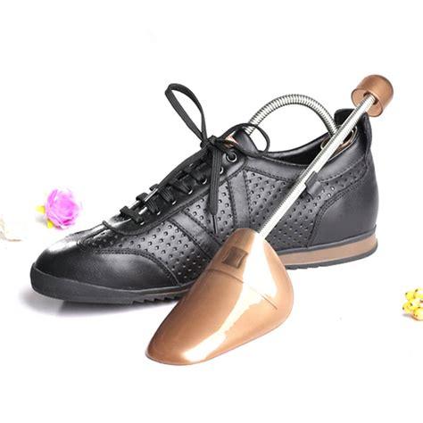 Prevent Boots Lodging Shoe Black plastic shoe stretcher promotion shop for promotional