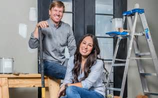the fixer uppers how chip and joanna gaines remodeled