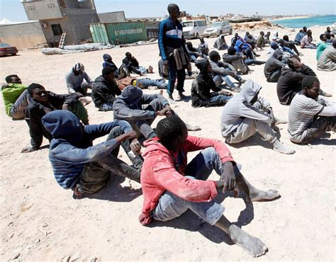 migrant crisis unhcr warns europe as 800 000 migrants line up to flee libya europe s chief warns that the migrant crisis