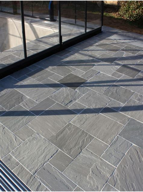 Indian Sandstone Patio Slabs by 25 Best Ideas About Paving Flags On Patio